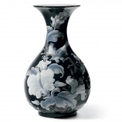 Black  Sparrows Vase, 26cm