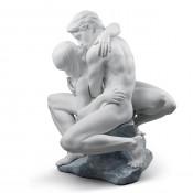 Passionate Kiss Figurine, 41cm - White