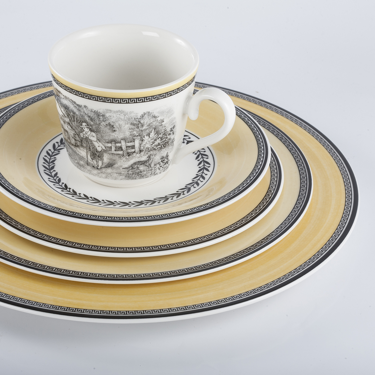 4 Piece Place Setting - Chasse