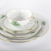 5 Piece Place Setting - Flared Cup