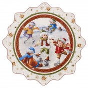 Scalloped Christmas/Holiday Round Serving Platter/Cake Plate, 42cm - Ice Skating